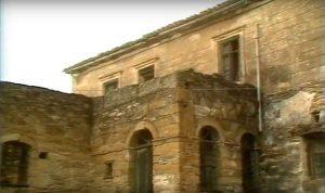 Παλιά Αντριώτικα Σπίτια